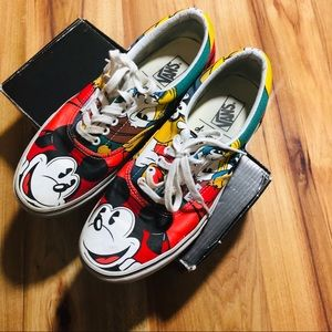 DISNEY MICKEY &FRIENDS VANS SIZE 10W